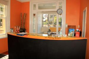 The lobby or reception area at Manly Bunkhouse