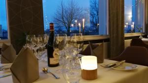 En restaurant eller et andet spisested på Fjordhotel Augustenborg