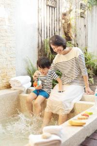 A family staying at Caesar Park Hotel Kenting