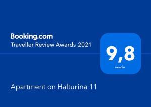Сертификат, награда, вывеска или другой документ, выставленный в Apartment on Halturina 11