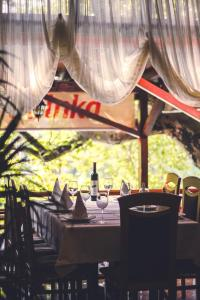 A restaurant or other place to eat at Hotel Vila Vrbas