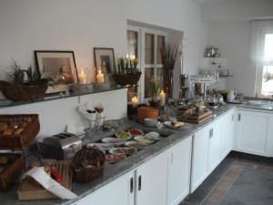 Küche/Küchenzeile in der Unterkunft Landgasthof Weisses Lamm