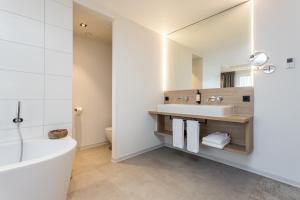 A bathroom at Hotel de Rousch