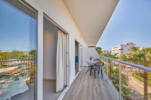 A balcony or terrace at Apartamentos Ben-Hur