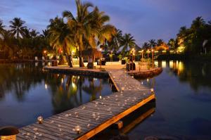 The swimming pool at or near InterContinental Tahiti Resort & Spa