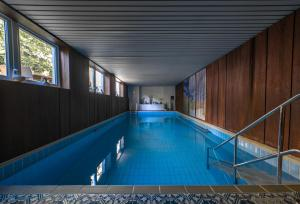 The swimming pool at or close to Hotel Joh