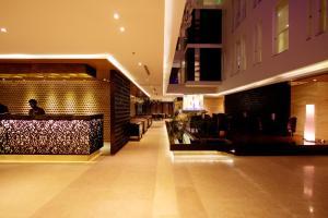 The lobby or reception area at Amari Dhaka