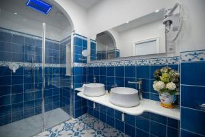 A bathroom at Hotel Pellegrino