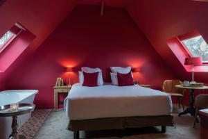 凱撒的松樹- 埃特勒特運動酒店房間的床