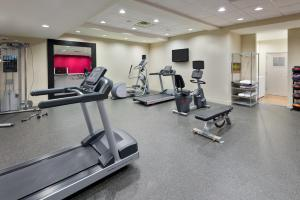 The fitness center and/or fitness facilities at Home2 Suites by Hilton Charleston Airport Convention Center, SC