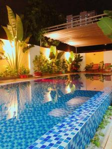 The swimming pool at or near Sea House Hotels and Apartments