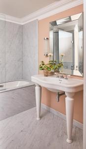 A bathroom at Oakley Court