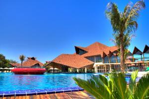 A piscina localizada em Recanto Cataratas - Thermas, Resort e Convention ou nos arredores