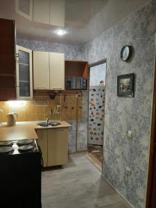 Кухня или мини-кухня в 2х комнатная комфортная квартира