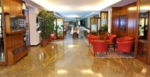The lobby or reception area at Euromotel Croce Bianca