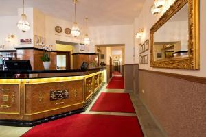Lobby/Rezeption in der Unterkunft Hotel & Apartments Zarenhof Berlin Friedrichshain