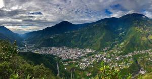 Blick auf Centro Ecoturístico Alpinar aus der Vogelperspektive