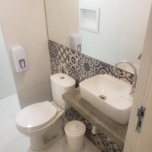 A bathroom at Sun Smart Hotel Vivapp