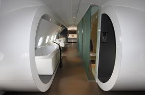 Een badkamer bij Vliegtuigsuite Teuge