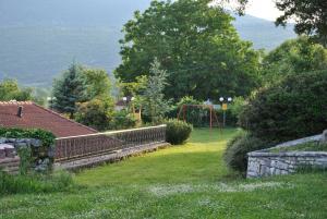 Κήπος έξω από το Rodami
