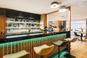 Лаундж или бар в Holiday Inn Łódź