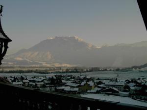 Een algemene foto van de bergen of uitzicht op de bergen vanuit het pension