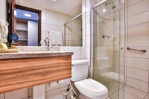 Um banheiro em Nobile Suítes Executive