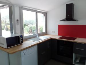 A kitchen or kitchenette at Mano&Nino