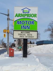 Arnprior Motor Inn during the winter