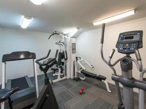 The fitness center and/or fitness facilities at The Chancellor on Currie