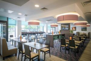 A restaurant or other place to eat at Holiday Inn Express Middlesbrough - Centre Square