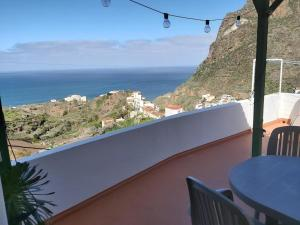 Balkon lub taras w obiekcie Casa campo y Playa Taganana