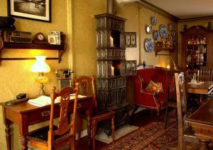 En restaurant eller et spisested på Paulsens Hotel