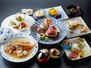 Breakfast options available to guests at Yamatoya Honten