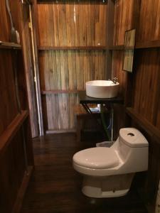 Ein Badezimmer in der Unterkunft Casa Torre Eco- Lodge