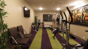 The fitness center and/or fitness facilities at Dreamz Inn