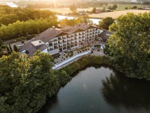 A bird's-eye view of Best Western Premier Seehotel Krautkrämer