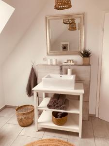 Koupelna v ubytování mitten im dorf