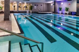 The swimming pool at or close to Holiday Inn Birmingham Airport - NEC, an IHG Hotel