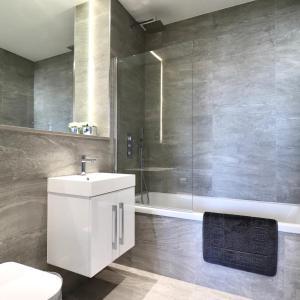 A bathroom at Grosvenor Apartments One