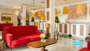 The lobby or reception area at Vila Galé Rio de Janeiro