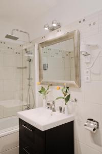 A bathroom at Carlton Opera