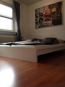 Ein Bett oder Betten in einem Zimmer der Unterkunft Ferienwohnung im Herzen von Bremen