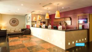 The lobby or reception area at Vila Galé Salvador