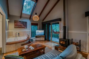 A seating area at Narrows Escape Rainforest Retreat