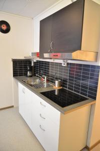 A kitchen or kitchenette at Bergen Budget Hostel
