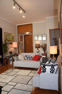 Area soggiorno di Welcome Home