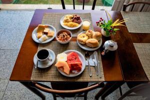 Opções de café da manhã disponíveis para hóspedes em Yak Beach Hotel Natal