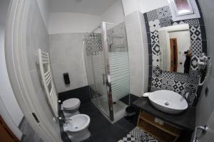 Un baño de Villa Flora
