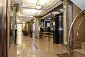 The lobby or reception area at Sunlion Баунти Hotel